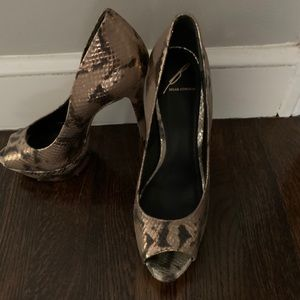 Brian Atwood Made in Italy. Snakeskin size 37